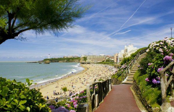 France 4 Naturisme : top 4 des plus belles plages naturistes dans les Pyrénées Atlantiques ?
